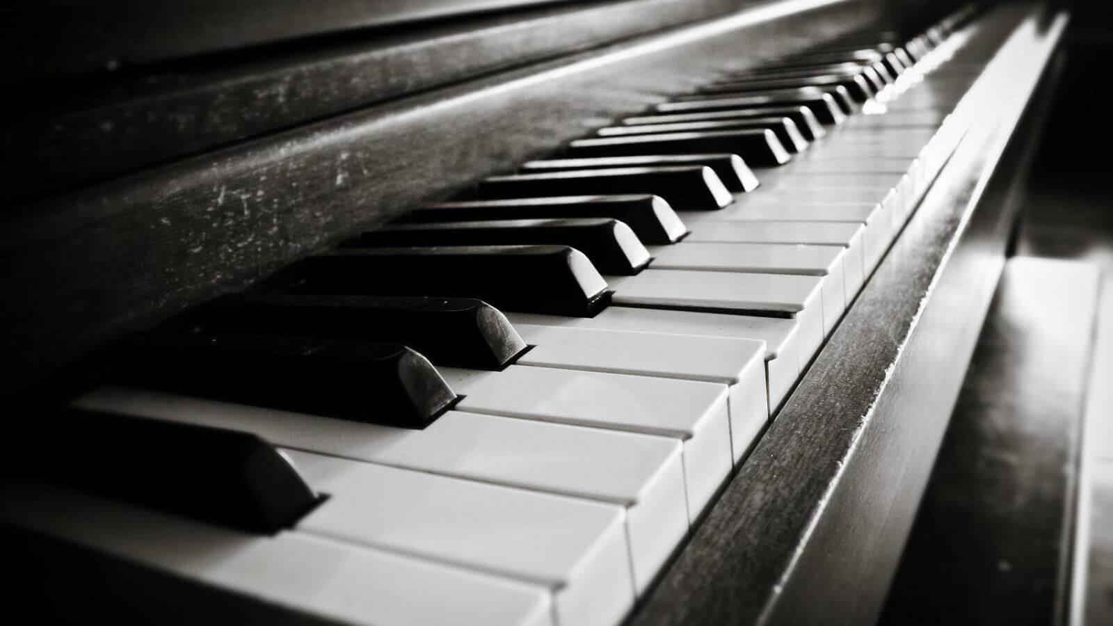 lær at spille klaver