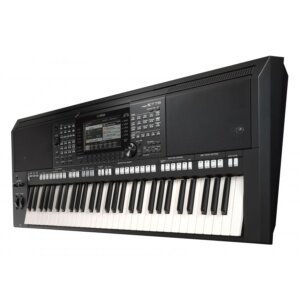 Yamaha PSR-S775 workstation keyboard