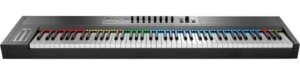 Native Instruments Komplete Kontrol S88 keyboard