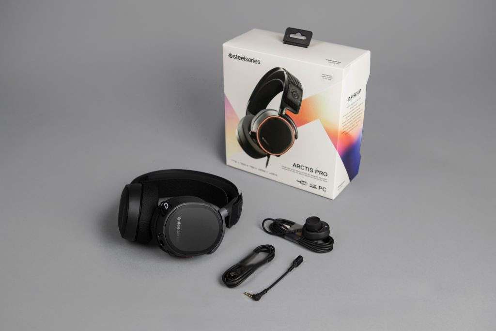 gaming headset fra steelseries arctic pro